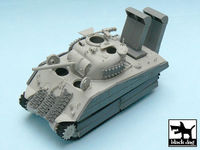 US Marine Sherman accessories set for Hobby Boss 84803, 19 resin parts - Image 1