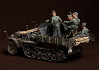 Crew for Sd.Kfz.10/4 fur 2cm FlaK 30 (for Dragon 6739) 5 figures - Image 1