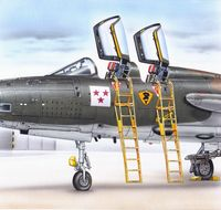 Ladders for F-105F/G